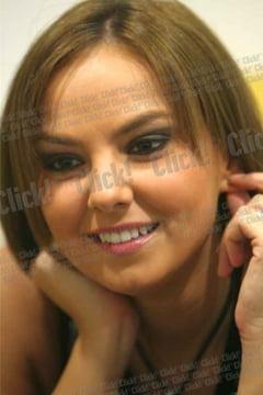 Abia divortata, Roxana Ionescu vrea sa se recasatoreasca - Abia-divortata--Roxana-Ionescu-vrea-sa-se-recasatoreasca
