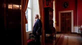 Abia instalat la Casa Alba, Trump anunta ca va sacrifica mediul pentru locuri de munca si va intari fortele de ordine