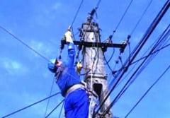 Abonatii acuza, Electrica se scuza
