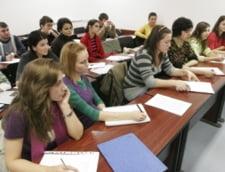 Absolventii de invatamant superior, obligati sa faca stagii de adaptare profesionala