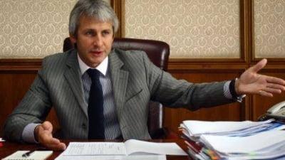Absorbtia fondurilor europene, la pamant. Teodorovici da vina pe concediul Comisiei Europene