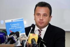 Academia de Politie i-a respins fostului ministru Liviu Marian Pop teza de doctorat: 25% din text e suspect de plagiat