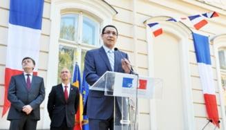 Academicieni, in razboi cu Ponta: Plagiatul este evident. Sa-si dea demisia!