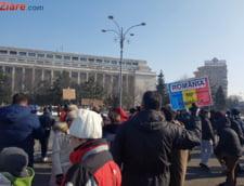 Academicienii si studentii iau atitudine: Cabinetul Grindeanu ne-a transmis mesajul ca munca onesta si respectarea legii sunt pentru cei mai putin norocosi