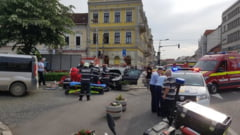 Accident GRAV in Piata Avram Iancu. Femeie calcata pe trotuar VIDEO