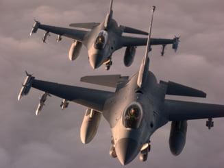 Accident aviatic deasupra Greciei: Doua aeronave militare s-au ciocnit in aer