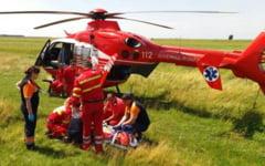 Accident cu 3 victime la Frumusani. Elicopterul SMURD, solicitat sa preia unul dintre ranitii grav