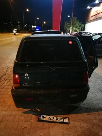 """Accident cu năbădăi în Grecia. Românul care călătorește cu un Tico: """"Un polițist a scos etilotestul și m-a pus să suflu SPRE el. Am simțit cum grec pe grec se acoperă"""""""