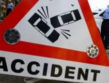 Accident cumplit: Un copil a murit si un altul a fost grav ranit in fata scolii