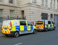 Accident cumplit intre doua tiruri si un microbuz in Marea Britanie: 8 persoane au murit