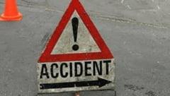 Accident cumplit pe DN 68A: Au murit pe loc dupa ce masinile lor s-au ciocnit frontal