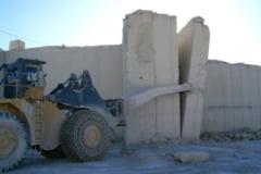 Accident de munca: Strivit intre doua blocuri de piatra