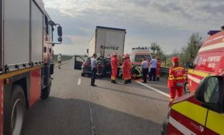 Accident grav pe Autostrada București- Pitești. Un om a murit și un altul a fost rănit grav