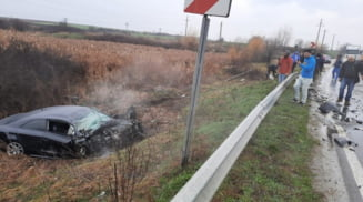 Accident grav pe Drumul National 64, la Strejesti. Doua persoane ranite