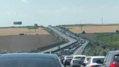 Accident in lant, pe Autostrada Soarelui. Traficul este oprit, in conditiile in care se circula deja in coloana