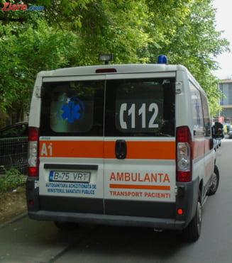Accident in lant pe A1 cu doua tiruri, un microbuz, o camioneta si doua masini