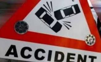 Accident la Dipsa, intre o masina si o caruta