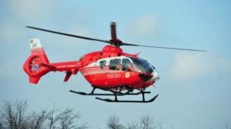 Accident la Muresenii Bargaului. O persoana va fi preluata de elicopterul SMURD