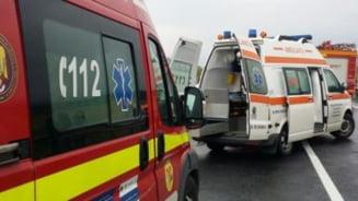 Accident la Sintereag! Doi adulti si doi copii, transportati la spital!