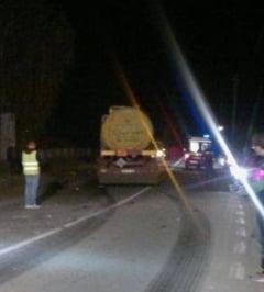 Accident pe DN1: Zece persoane, intre care patru copii, ranite. Doua benzi sunt blocate