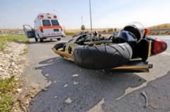Accident pe strada Romana: Un motociclist a fost lovit de masina Featured
