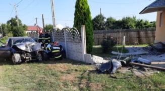 Accident rutier in orasul Piatra Olt. Cinci femei ranite