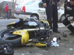 Accident rutier la Campeni. Motociclist de 58 de ani ranit de un sofer imprudent