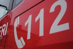 Accident teribil in Caras Severin. O masina a cazut in Dunare. Mai multe persoane, printre care si un copil sunt captive in autoturism