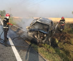 Accident urmat de incendiu la iesire din Slatina