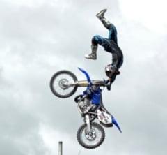 Accidentul mortal al motociclistului Jeremy Lusk (Video)