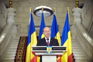 Acelasi Basescu, aceiasi politicieni, aceeasi Romanie - captivi in inutil (Opinii)