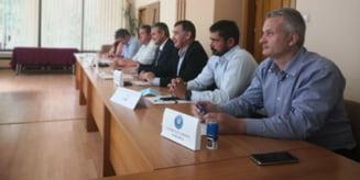 Acord de parteneriat intre reprezentantii mediului de afaceri si asociatiilor profesionale din Harghita