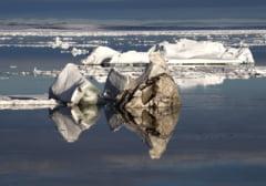 Acord istoric pentru protectia zonei polare - pescuitul va fi interzis in Oceanul Arctic timp de 16 ani