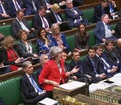 Acordul de Brexit a fost respins iar de Parlament. May anunta un nou vot maine, Opozitia vrea alegeri si un nou referendum
