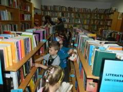 """Actiuni culturale organizate de Biblioteca """"Alexandru Odobescu"""" in primele cinci luni ale anului"""