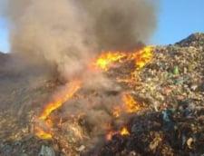 Activitatea gropii de gunoi de la Sighisoara, suspendata temporar dupa izbucnirea mai multor incendii