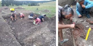 """Activitati de cercetare arheologica la situl Soimeni """"Dambul Cetatii"""", comuna Pauleni-Ciuc"""