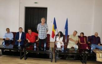 """Actorul Florin Zamfirescu: """"Umorul este ceea ce ne poate pe noi salva de la disperare"""""""