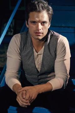 Actorul de origine romana Sebastian Stan va juca in noul Captain America