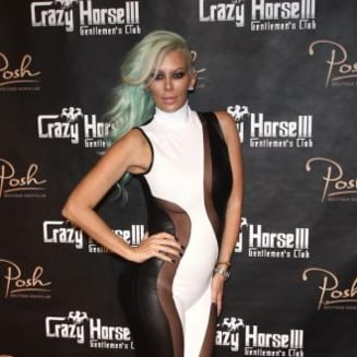 Actrita porno Jenna Jameson, autor de carte