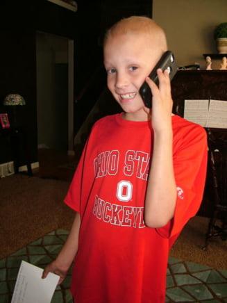 Adam Sandler, gest superb pentru un copil bolnav de leucemie
