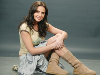 Adelina Chivu - cea mai sexy mamica vedeta din Romania (sondaj)