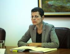 Adina Florea, scoasa din ancheta in care-i cerceta pe procurorii de la DNA Oradea. S-a ales cu o noua plangere penala si o alta cerere de expertiza psihiatrica