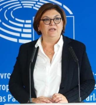 Adina Valean, avizata de Parlament dupa audierea in comisiile de specialitate: Am simtit un sprijin larg pentru candidatura mea
