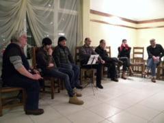 """Adrian Ivanitchi, invitat special la cea de a doua intrunire a cenaclului """"Ioan Slavici"""" (GALERIE FOTO)"""