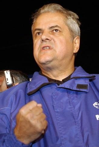Adrian Nastase, executat silit