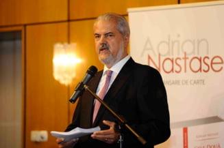 Adrian Nastase, internat intr-un spital din Franta