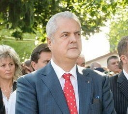 Adrian Nastase, un erou al zilelor noastre (Opinii)