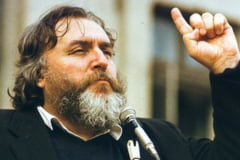 """Adrian Paunescu (20 iulie 1943 - 5 noiembrie 2010) - mesager liric genial """"Pentru numele lui Eminescu"""" (eseu sentimental)"""