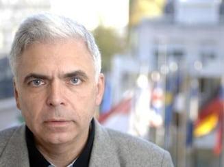 Adrian Severin: Daca cineva imi ofera bani, chem salvarea - Interviu (I)